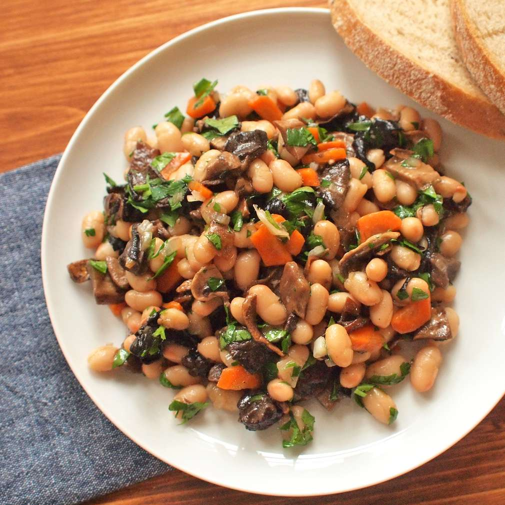 Zobrazit Dušené fazole s hříbky receptů
