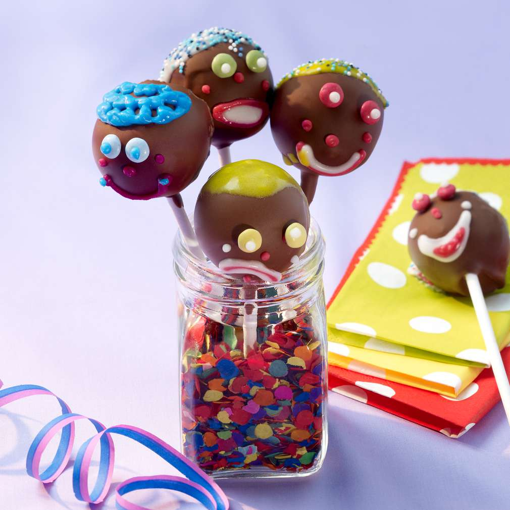 Abbildung des Rezepts Clown-Cake-Pops