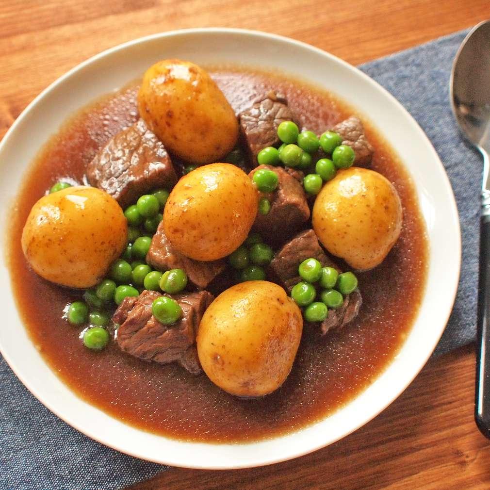 Zobrazit Dušené hovězí po irsku receptů