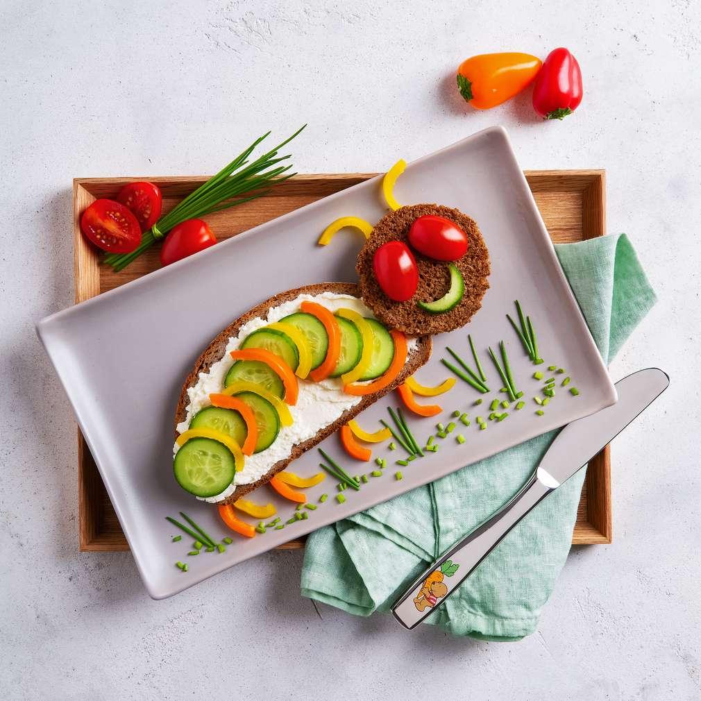 Abbildung des Rezepts Raupenbrot mit Snack-Gemüse