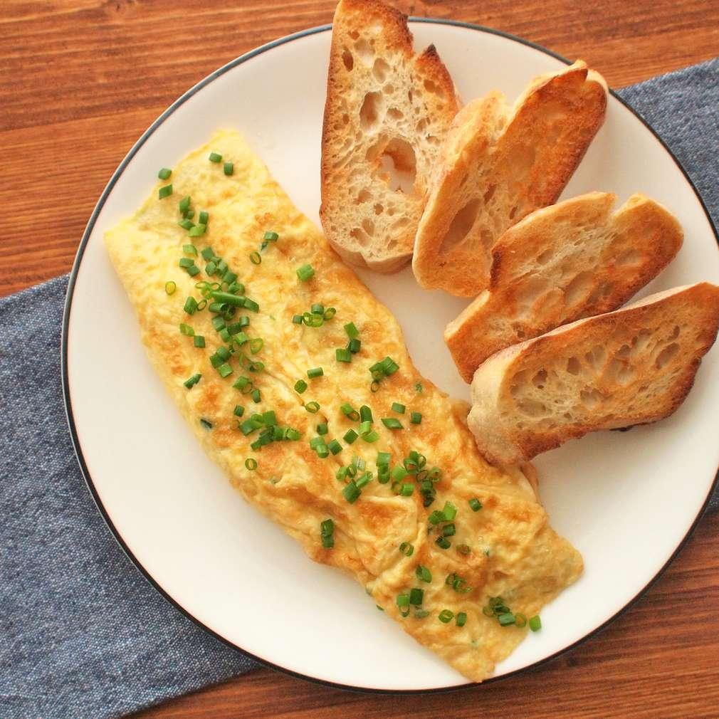 Zobrazit Sýrová omeleta receptů