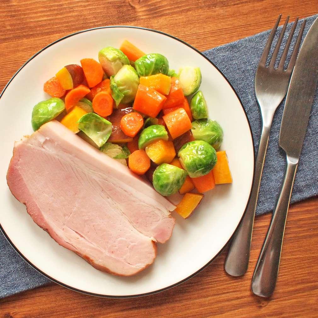 Zobrazit Pražská kýta s pečenou zeleninou receptů