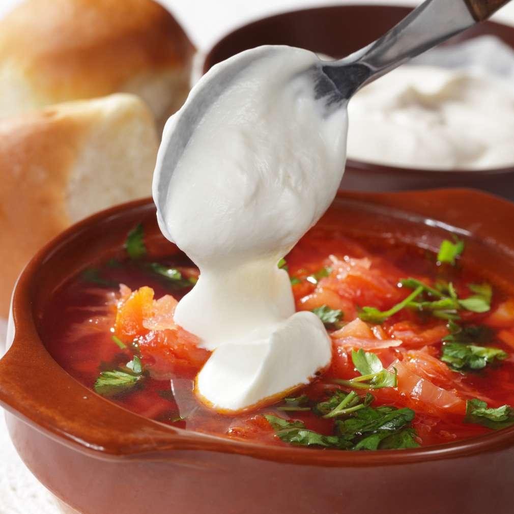 Imaginea rețetei Supă de sfeclă roșie cu varză