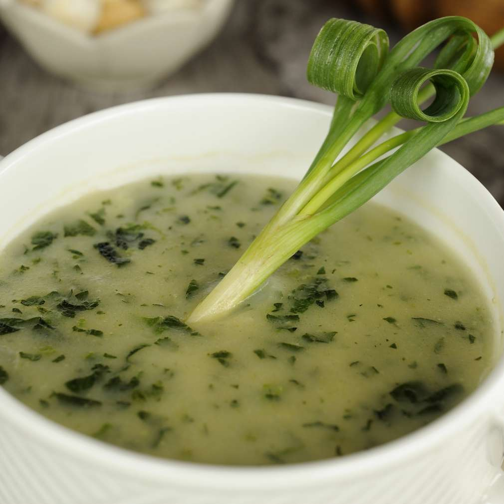 Supă cremă de spanac și dovlecel