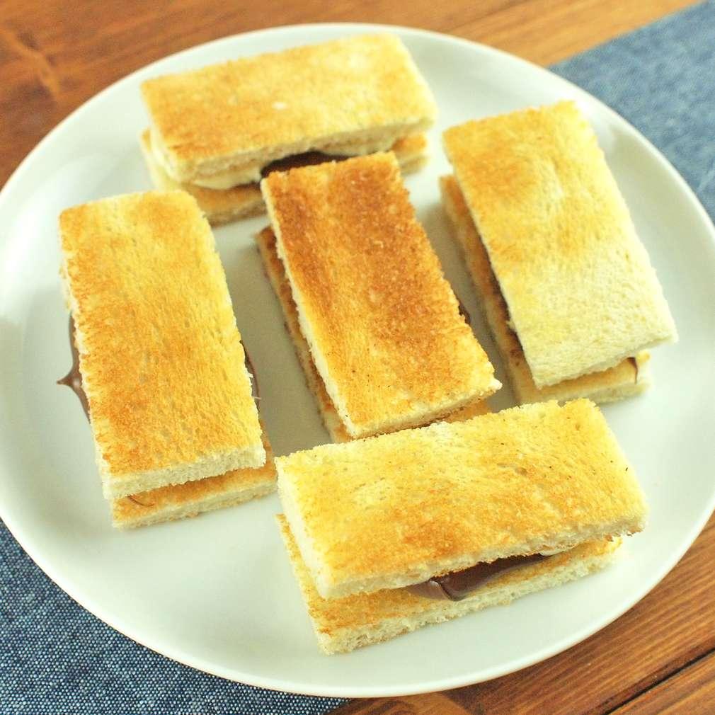 Zobrazit Mini toasty s banánem receptů