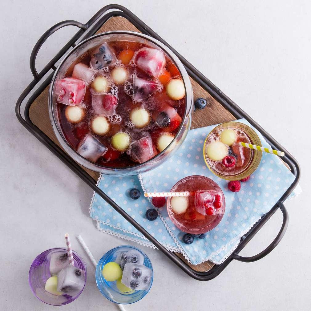 Abbildung des Rezepts Bubble-Bowle (alkoholfrei)