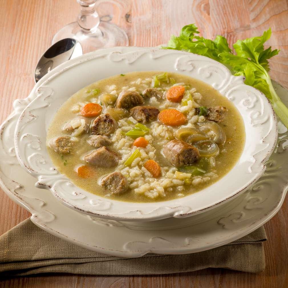 Imaginea rețetei Supă cu orez și cârnați