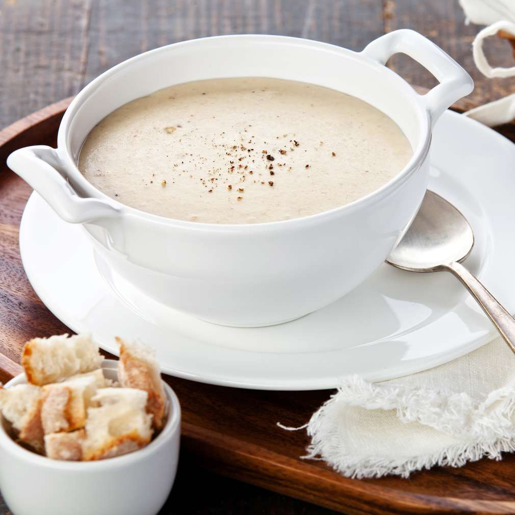 Supă cremă de usturoi