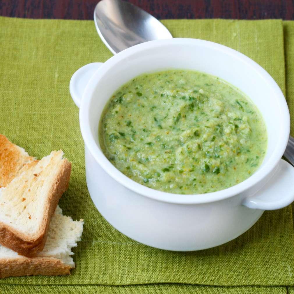 Imaginea rețetei Supă de broccoli și rucola