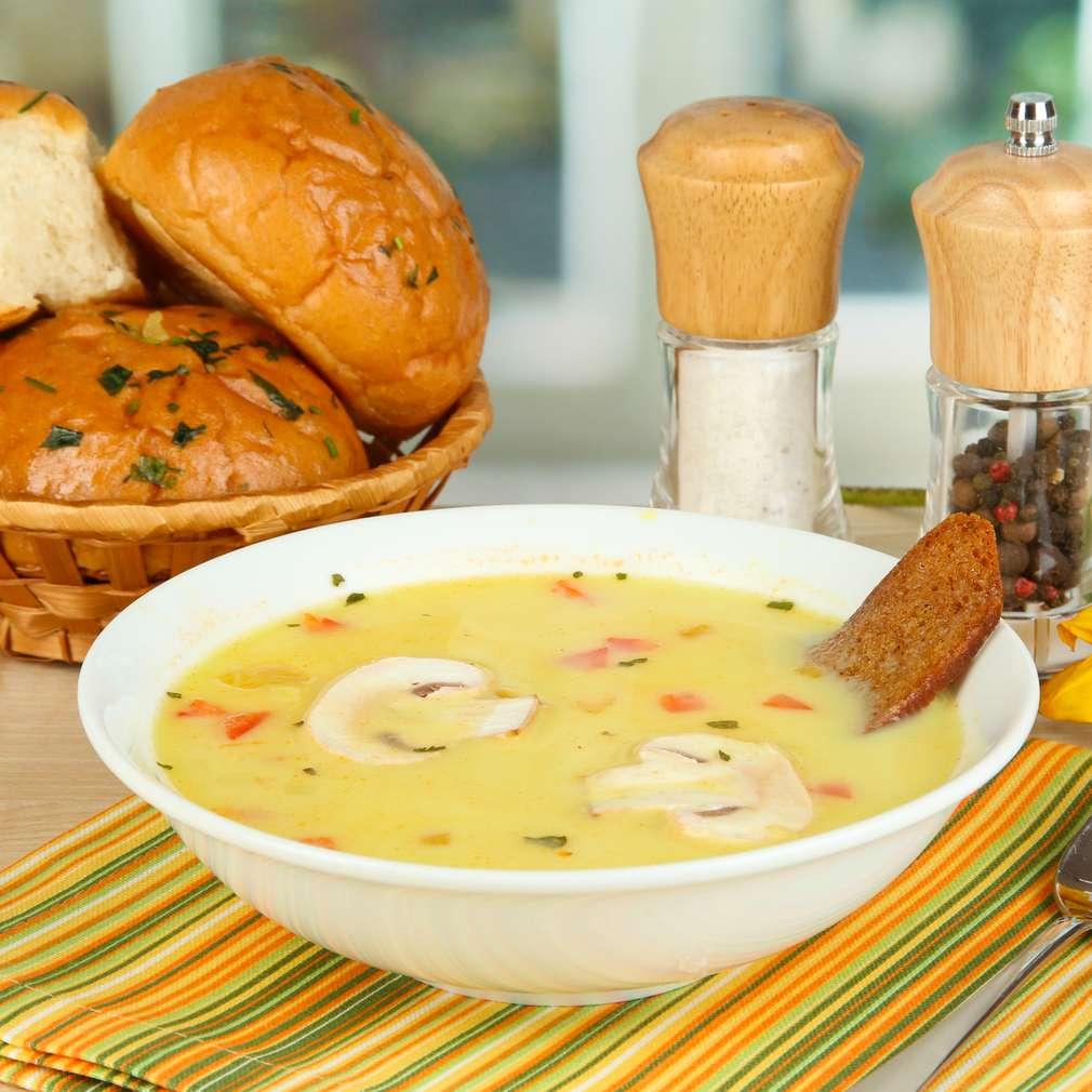 Imaginea rețetei Supă de ciuperci și smântână