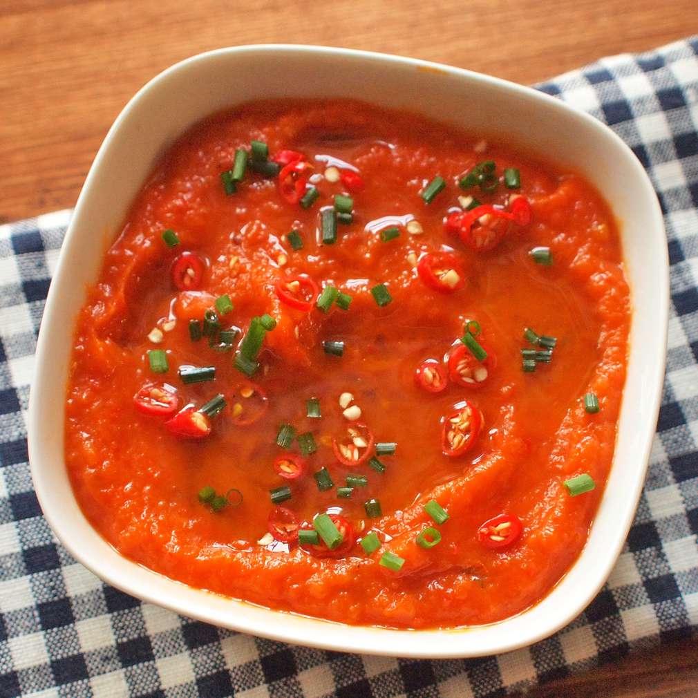 Zobrazit Mrkvový chilli dip receptů