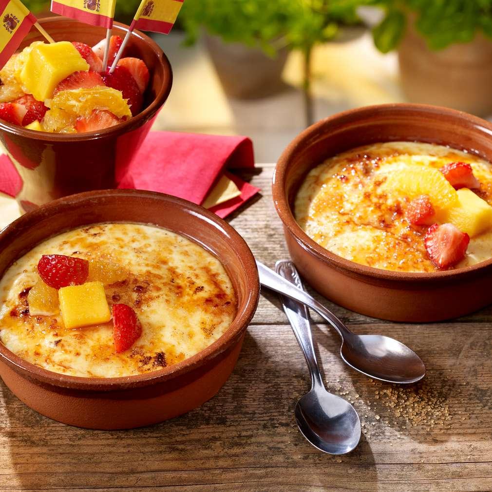 Fotografija recepta Katalonska krema s jagodama i mangom