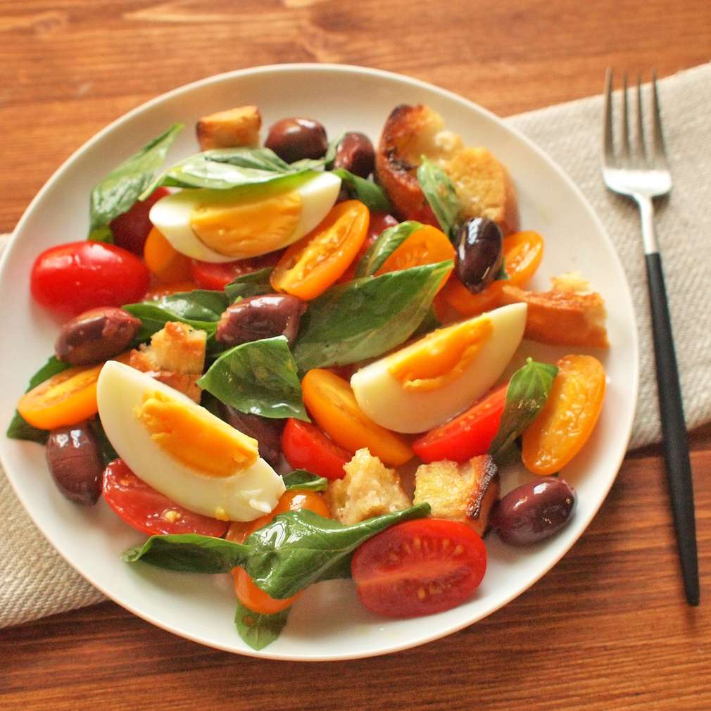 Zobrazit Rajský salát s vejci receptů