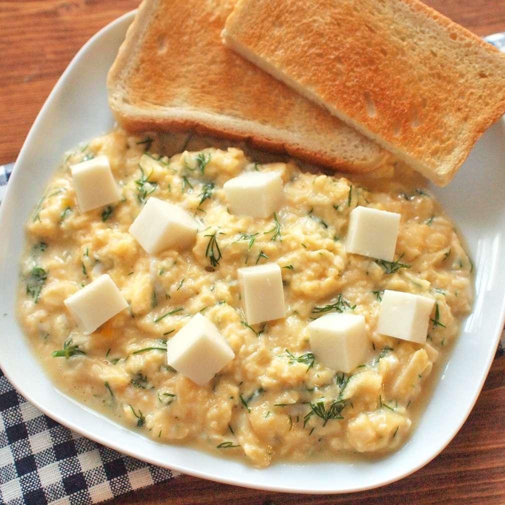 Zobrazit Míchaná vejce s ovčím sýrem receptů