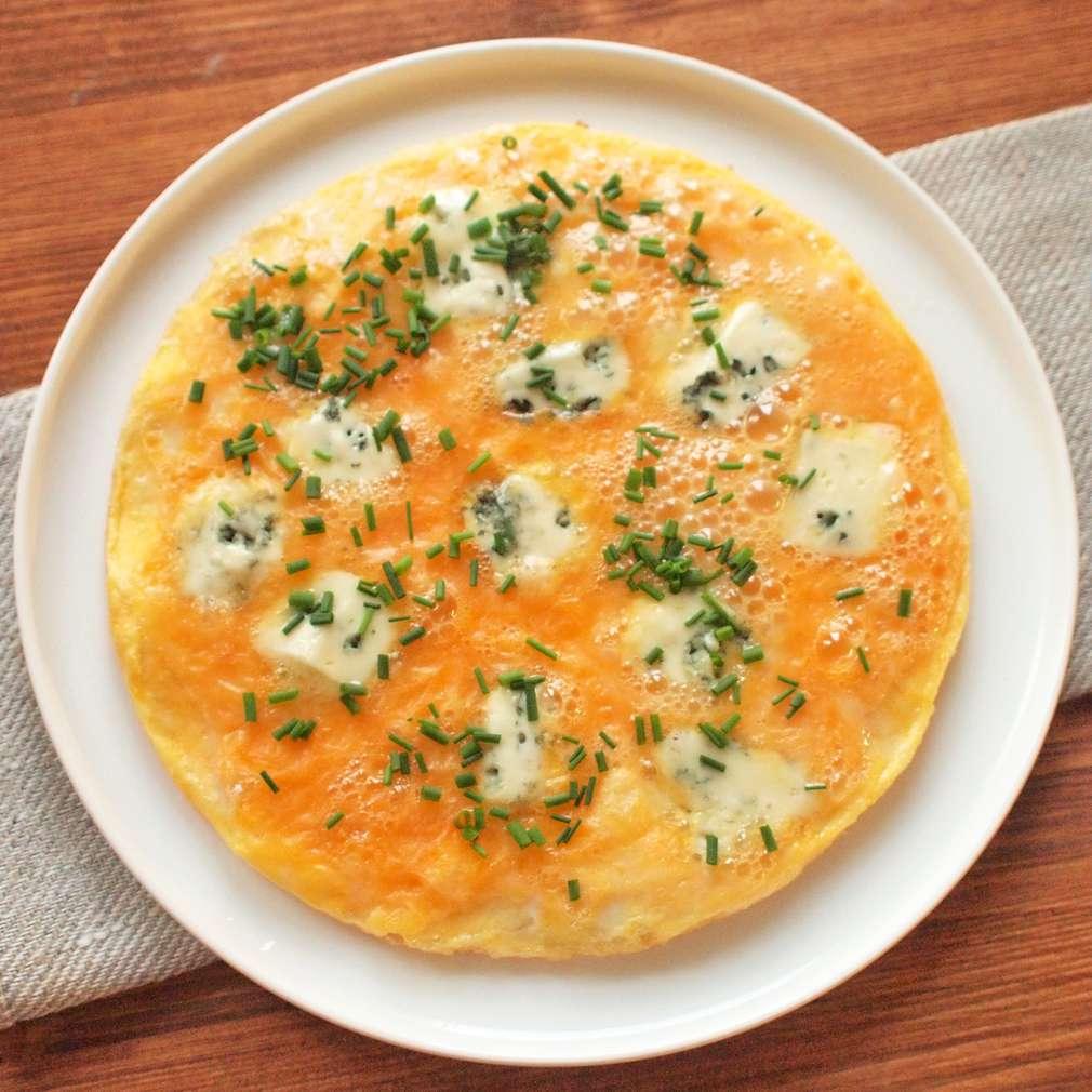 Zobrazit Omeleta s plísňovým sýrem receptů