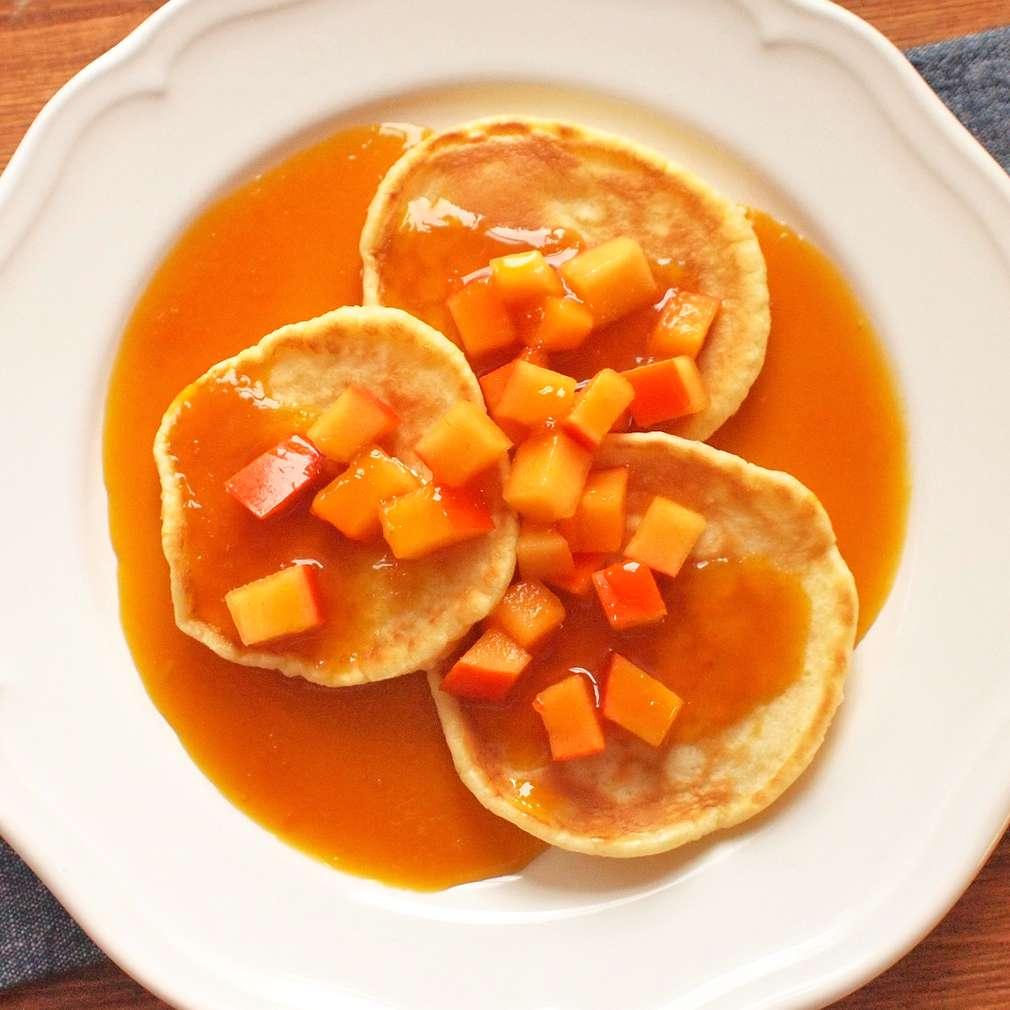 Zobrazit Dýňové lívance s pomerančovou omáčkou receptů