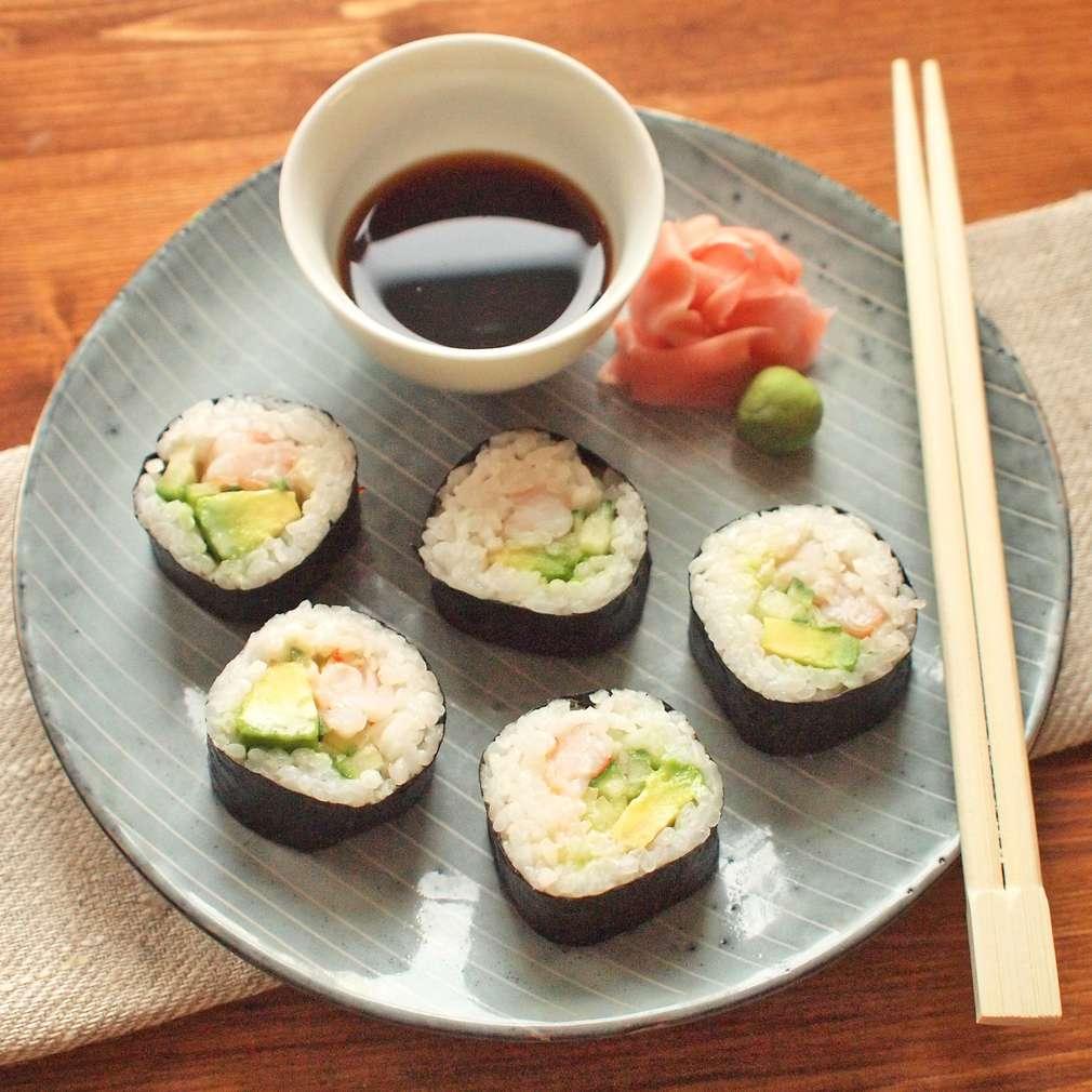Zobrazit Surimi sushi s avokádem receptů