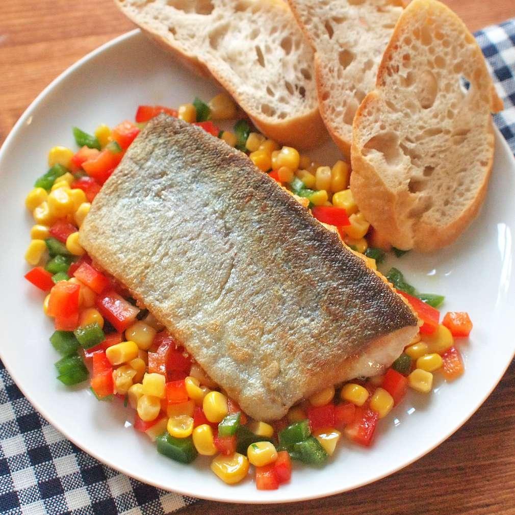 Zobrazit Filet ze pstruha s kukuřičným salátem receptů