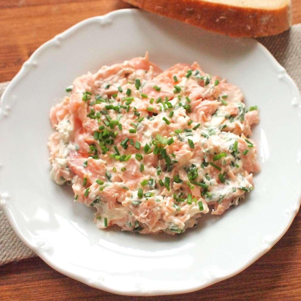Zobrazit Pomazánka z pečeného lososa receptů
