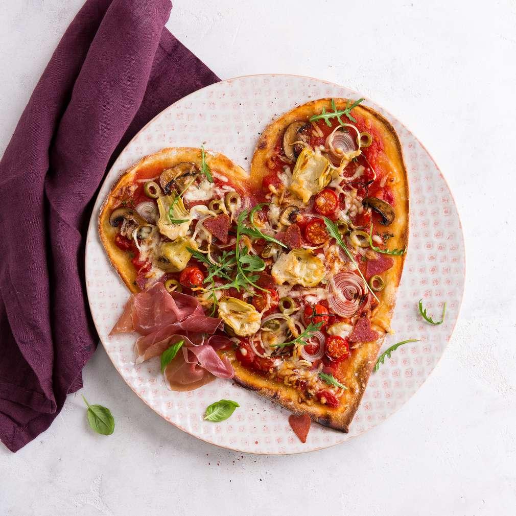 Zdjęcie przepisu Pizze w kształcie serca