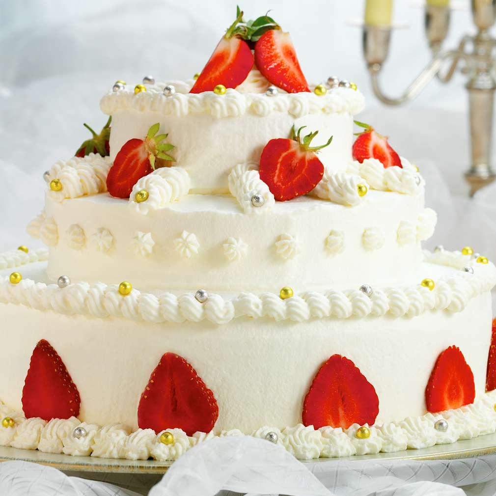 Abbildung des Rezepts Erdbeer-Hochzeitstorte