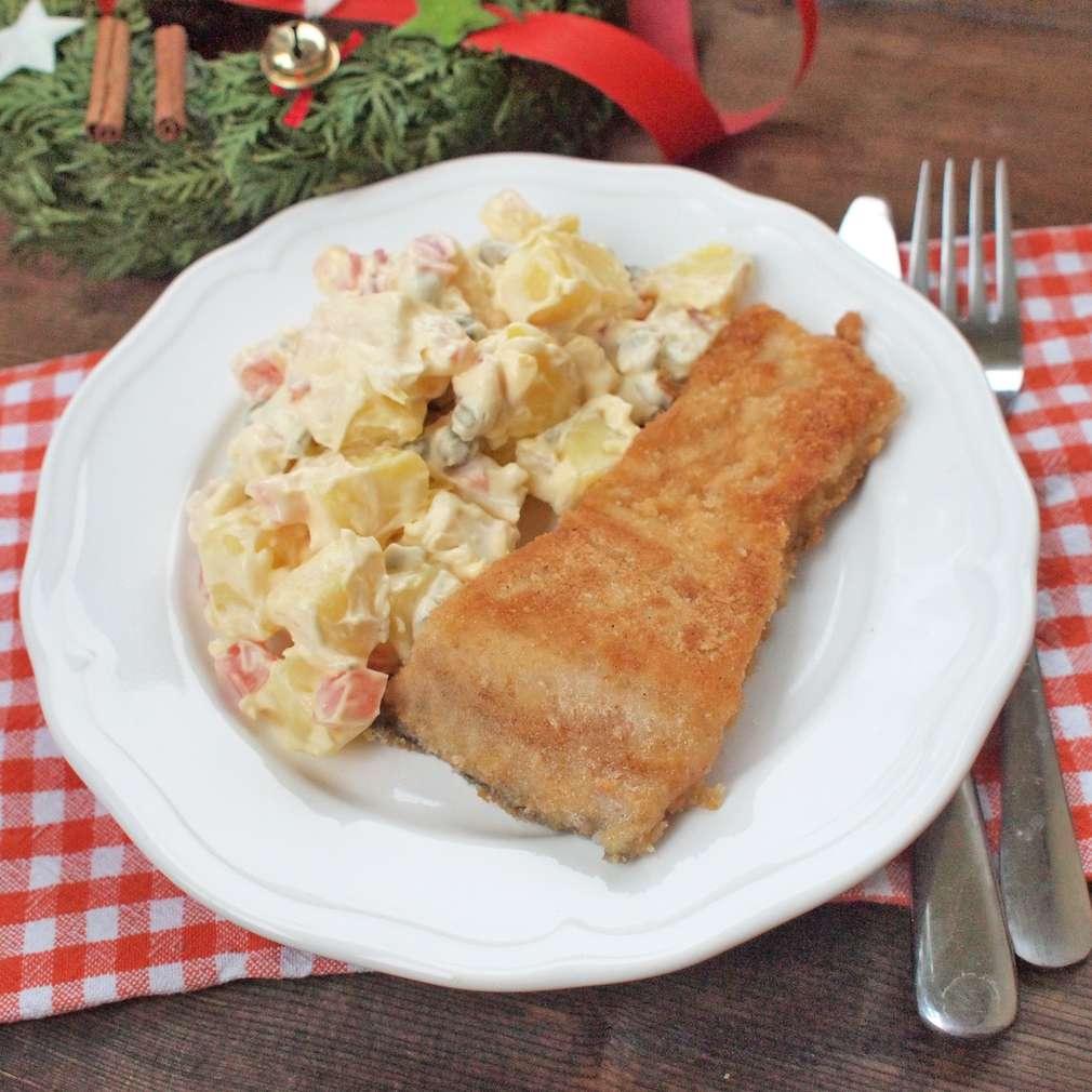Zobrazit Smažený kapr s bramborovým salátem receptů
