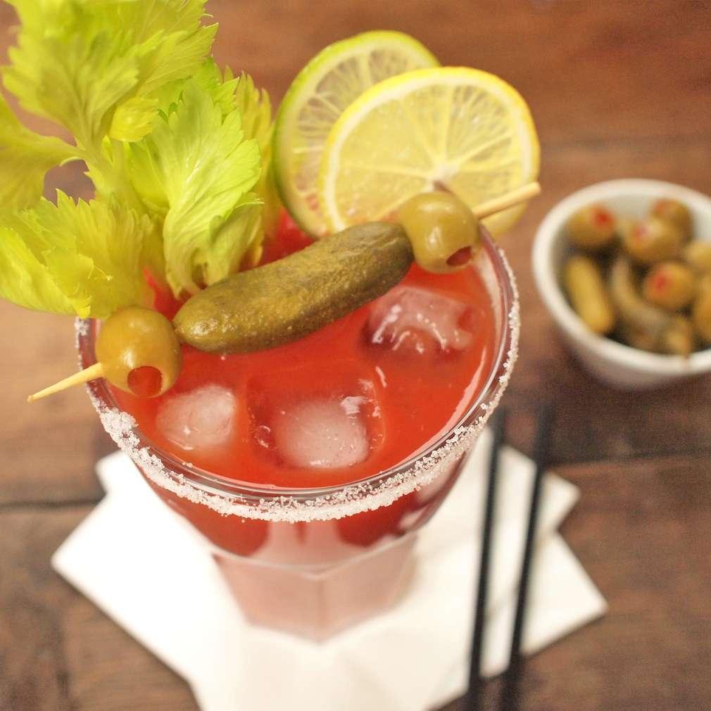 Zobrazit Bloody Mary koktejl receptů
