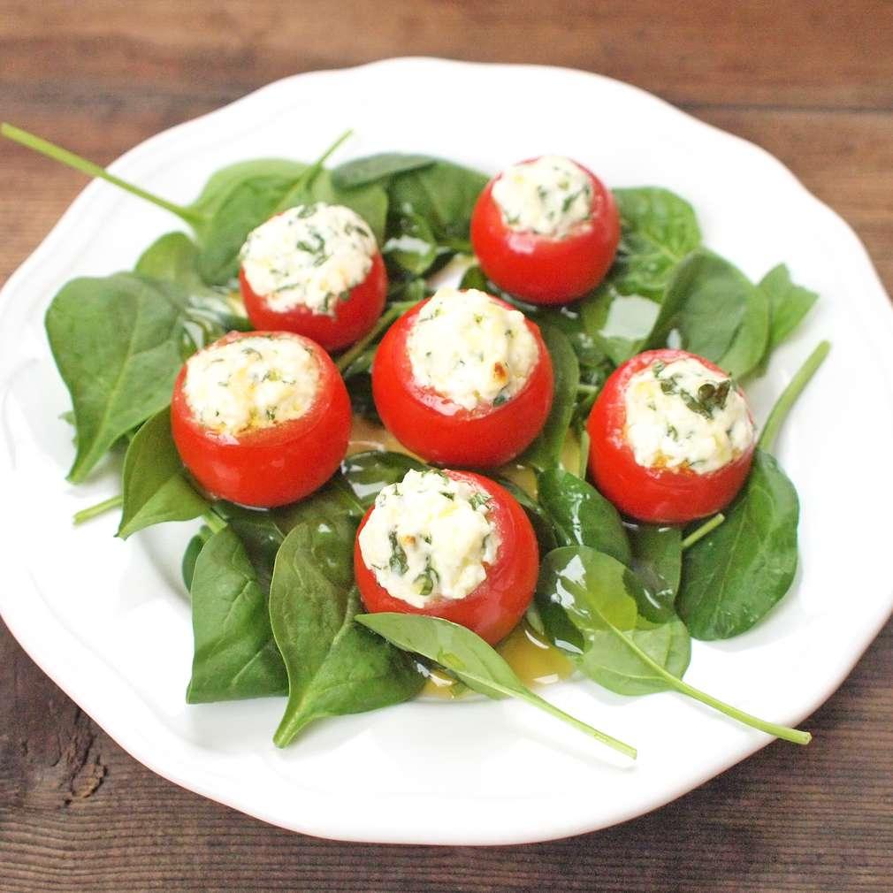 Zobrazit Plněná pečená rajčata receptů