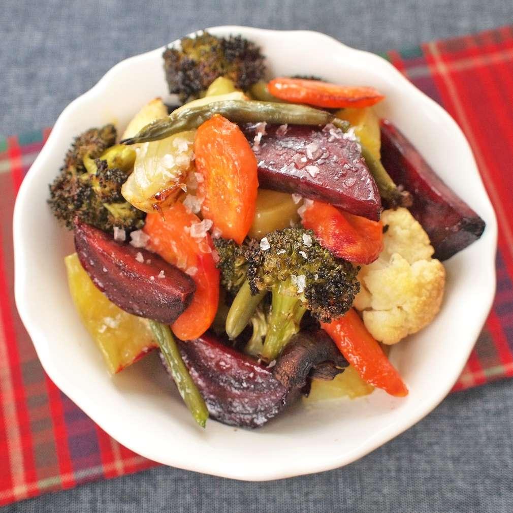 Zobrazit Zimní salát z pečené zeleniny receptů
