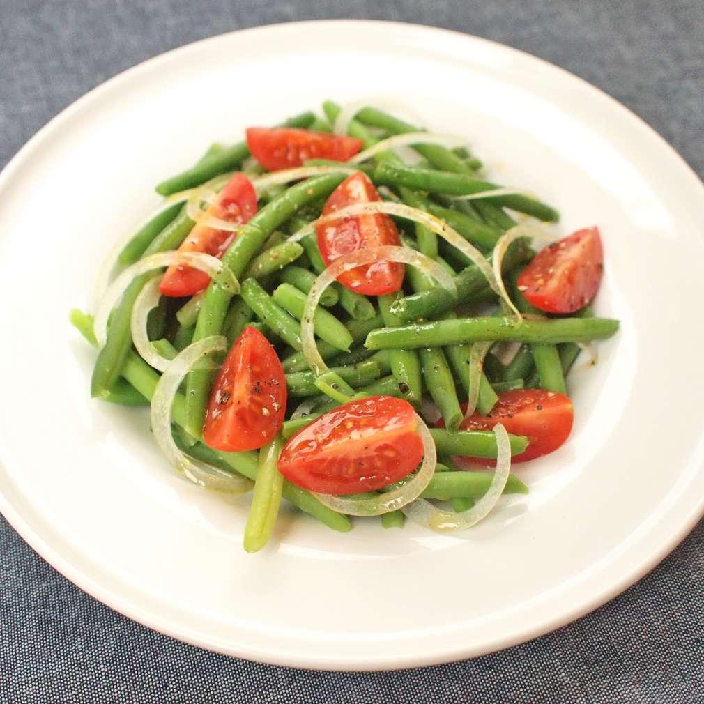 Zobrazit Salát ze zelených fazolek s cherry rajčátky receptů