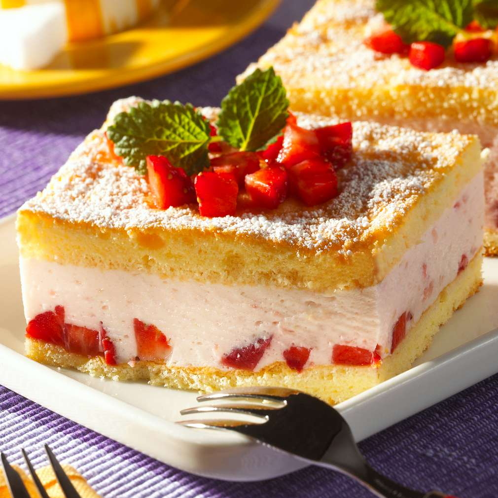 Abbildung des Rezepts Erdbeer-Creme-Schnitten