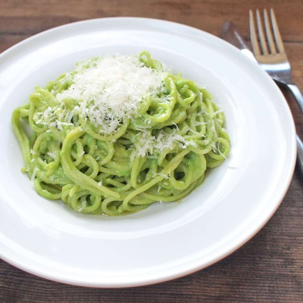 Zobrazit Špagety s hráškovým pyré receptů