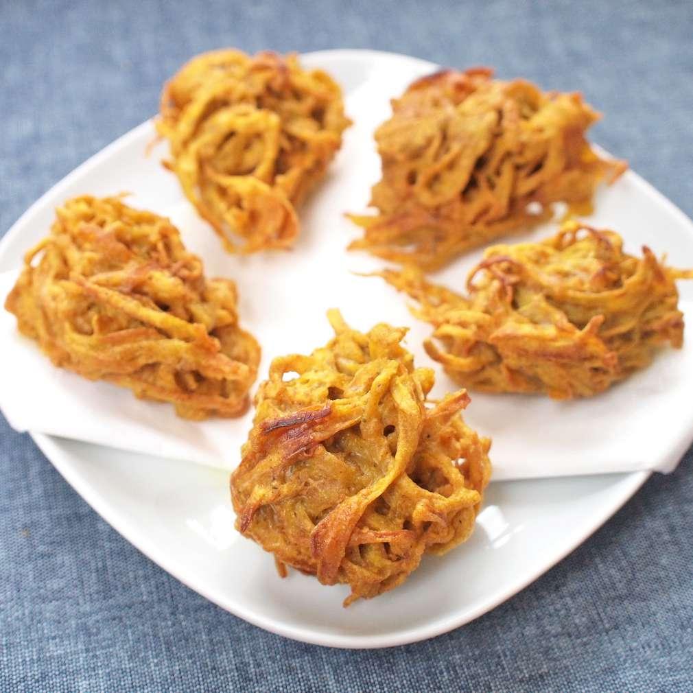 Zobrazit Kari dortíky z fritované cibule receptů