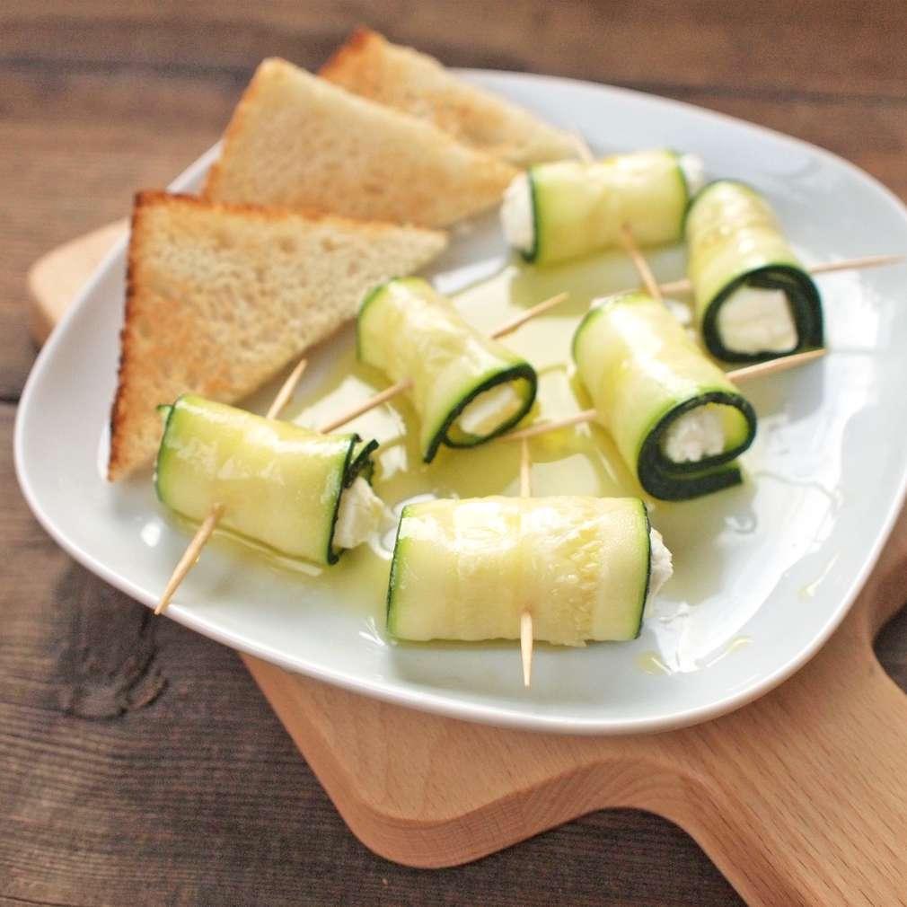 Zobrazit Cuketové závitky se sýrem receptů
