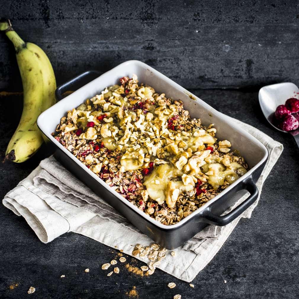 Zobrazit Pečené malinové müsli s karamelizovaným banánem receptů