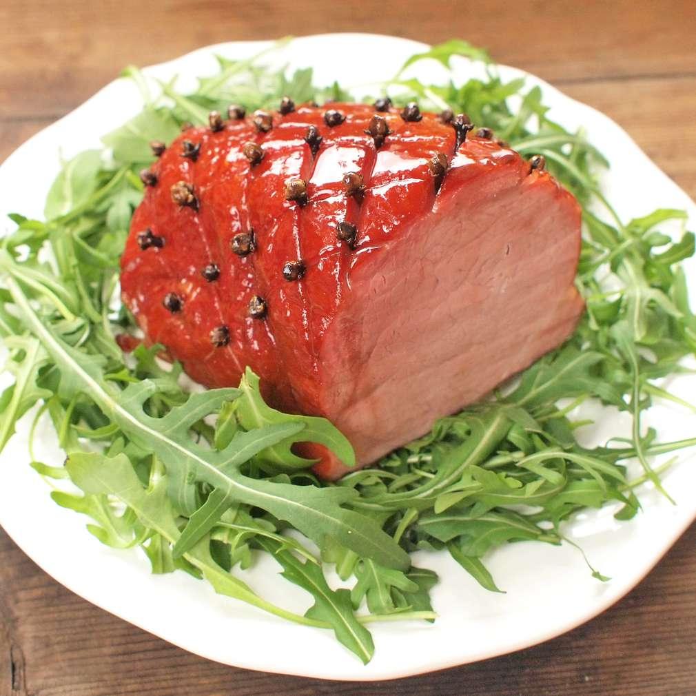 Zobrazit Pečené uzené maso s medovou krustou receptů