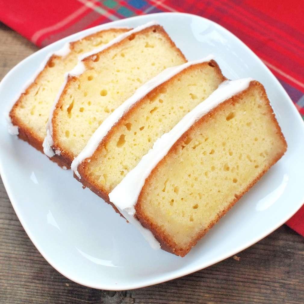 Zobrazit Citronový koláč s polevou receptů