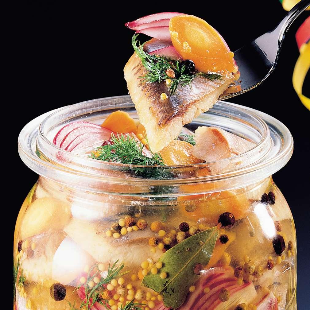 Zobrazit Pikantní matjesy v sherry octu receptů
