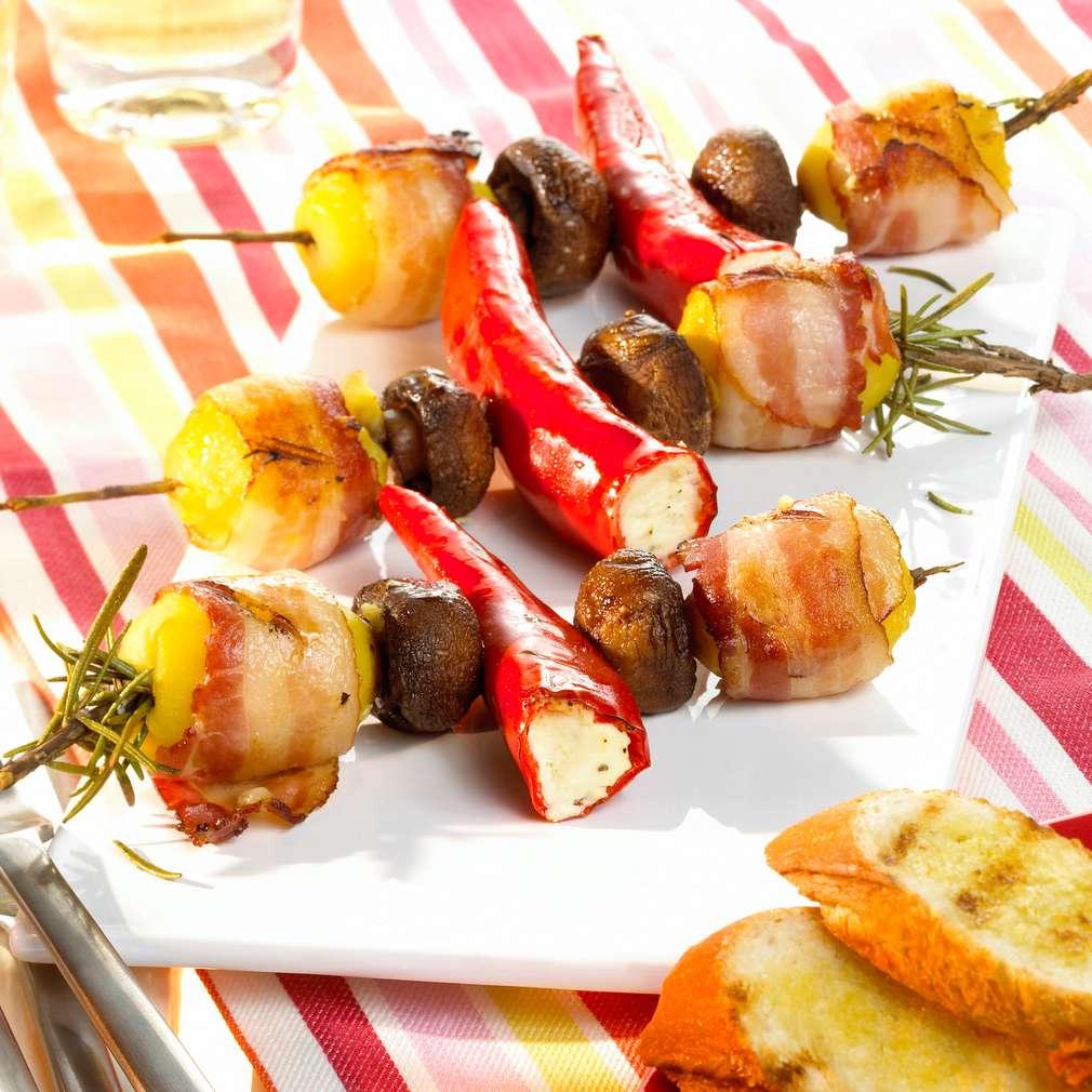 Zobrazit Zeleninový mix gril na rozmarýnovém špízu receptů