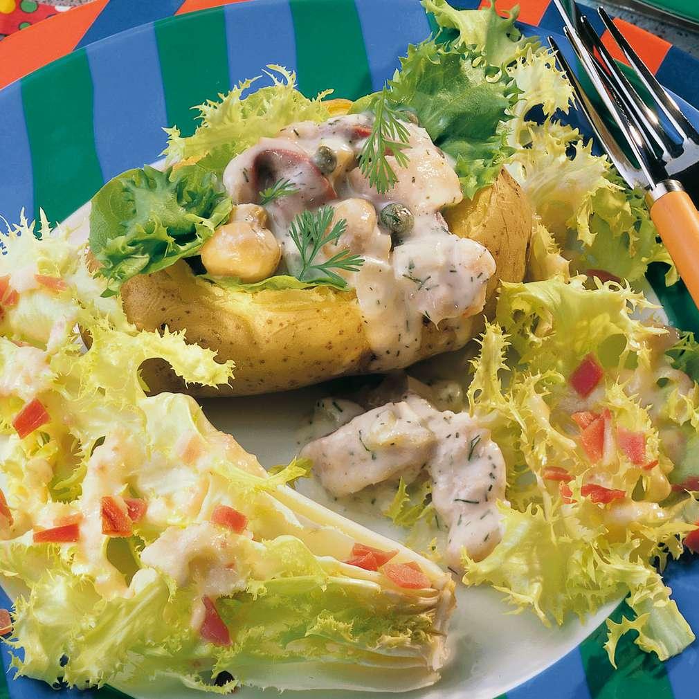 Zobrazit Plněné brambory s matjesovým salátem a čekankou receptů