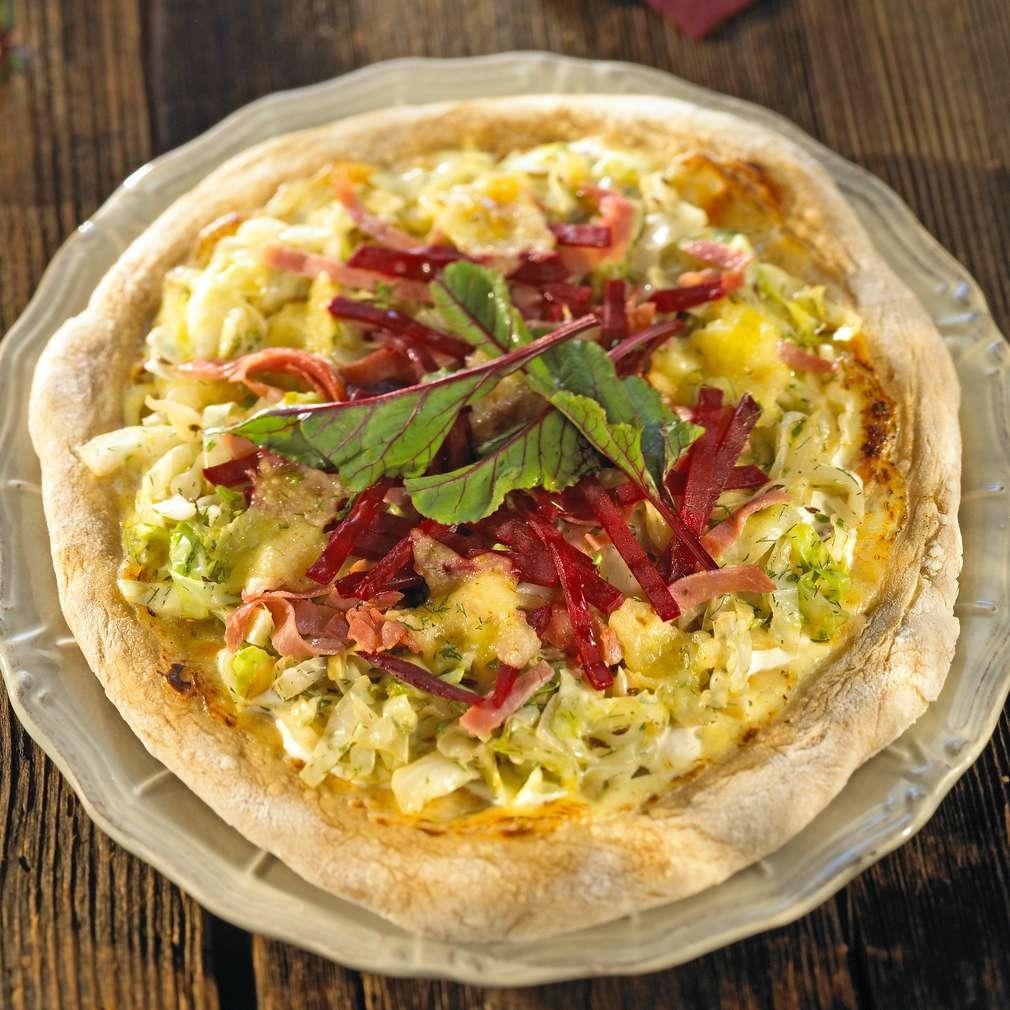 Abbildung des Rezepts Rote-Bete-Vollkornpizza