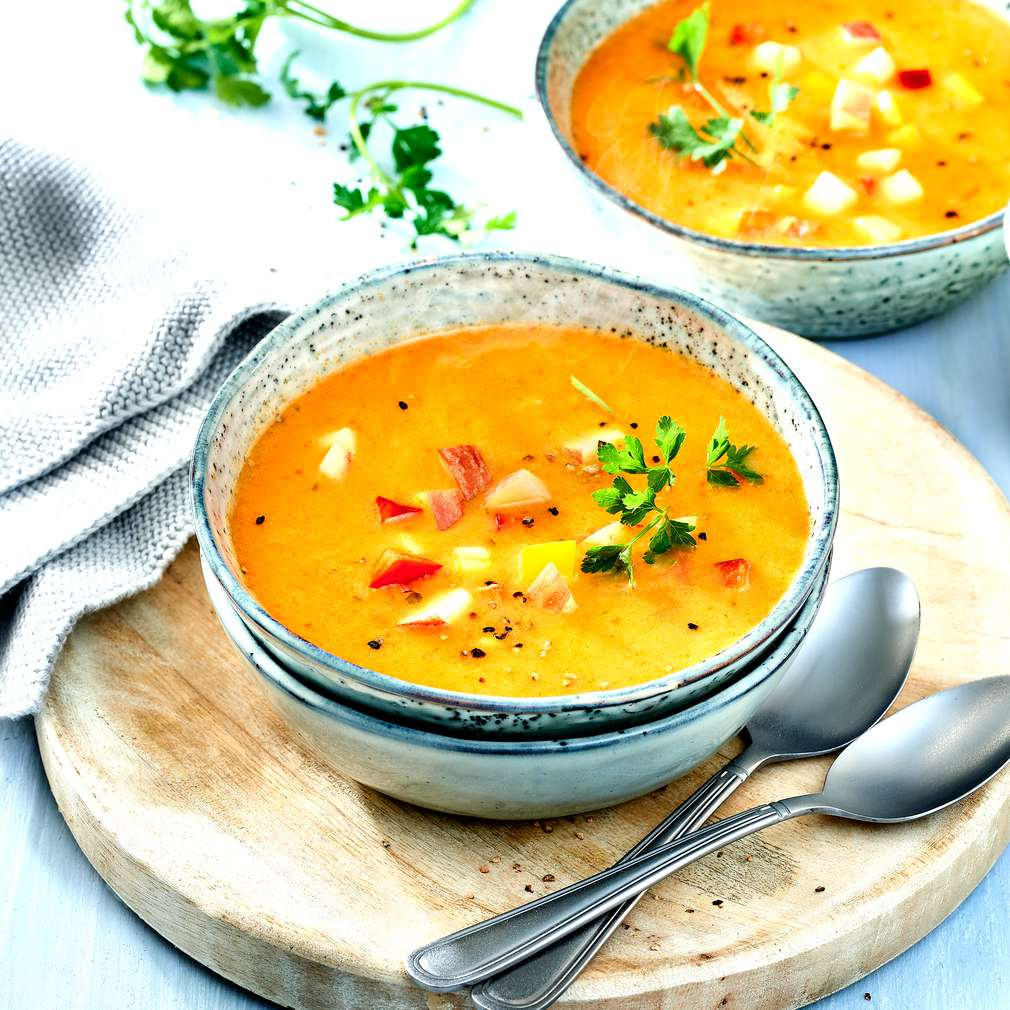 Zobrazit Papriková polévka se zázvorem a jablky receptů