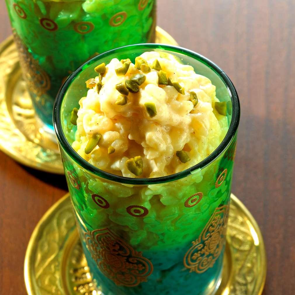 Zobrazit Indická mléčná rýže s kardamomem receptů