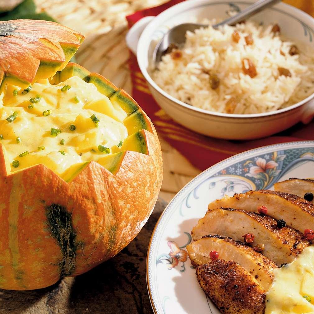Zobrazit Kuřecí nudličky s rozinkovou rýží a dýňovou kari receptů