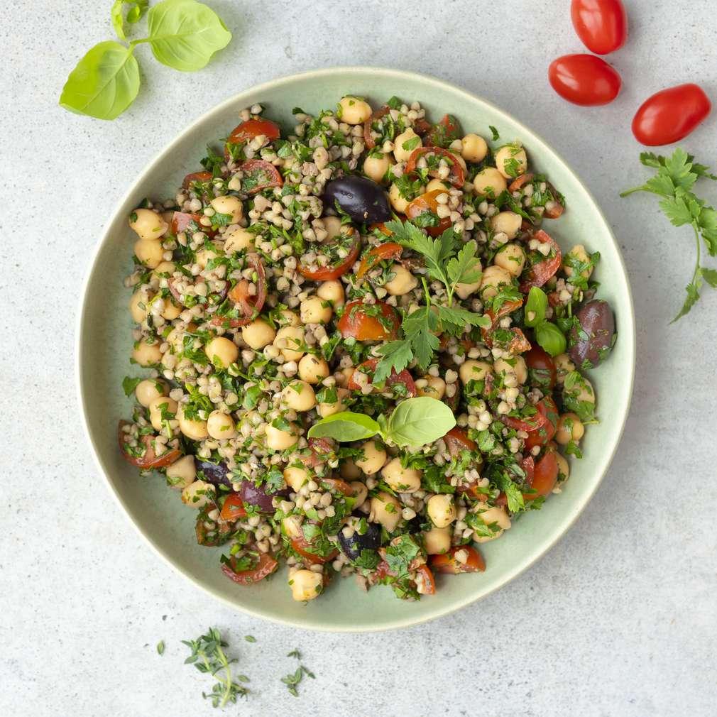 Zobrazit Pohankový salát s rajčaty receptů