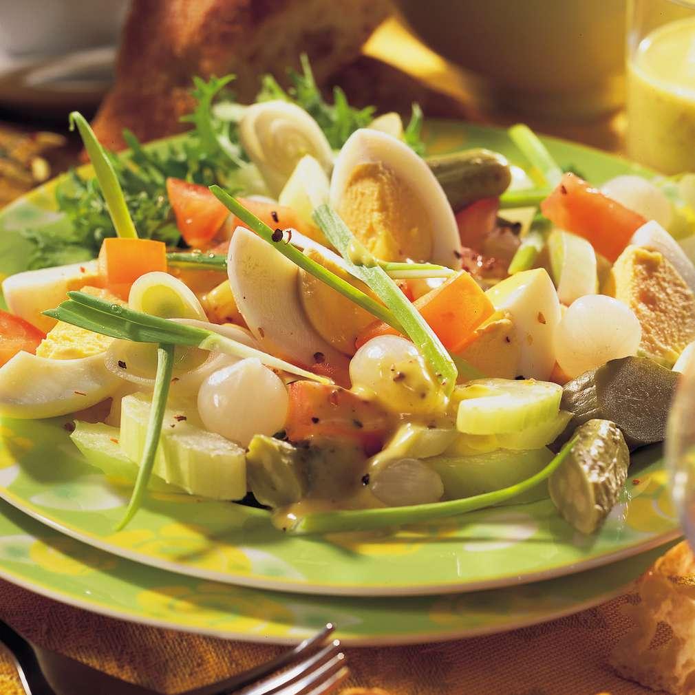 Zobrazit Pikantní vaječný salát receptů