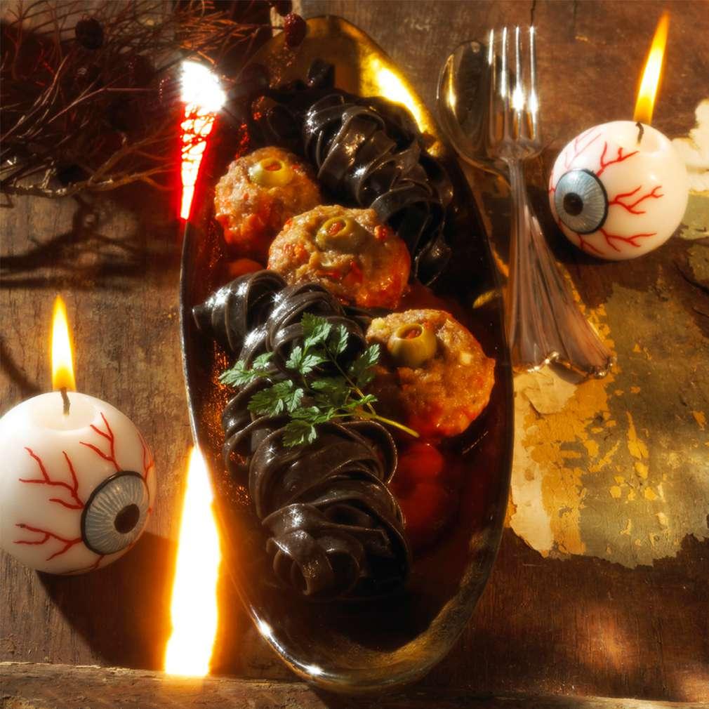 Zobrazit Strašidelné masové kuličky á la Halloween receptů