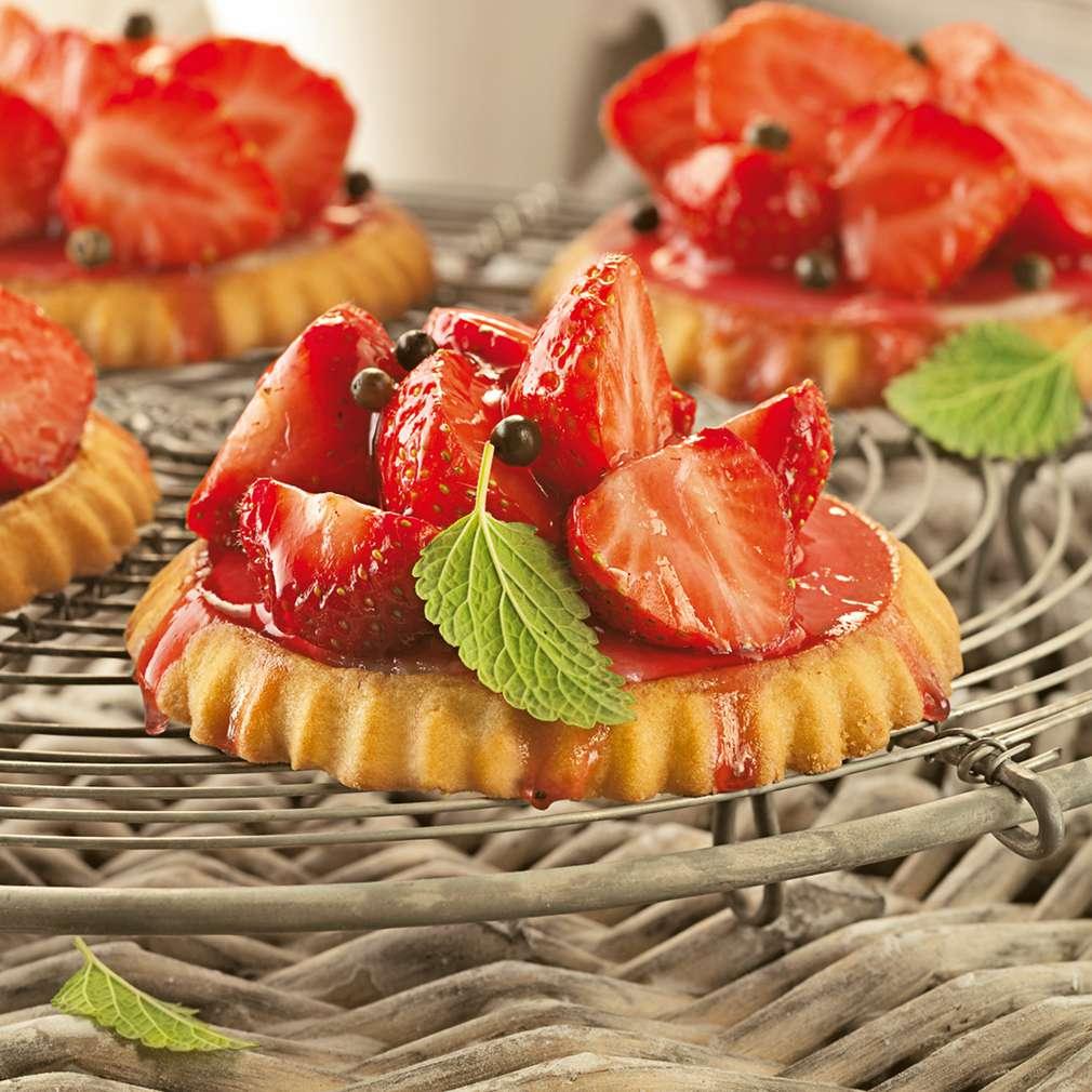 Abbildung des Rezepts Erdbeer-Marzipan-Tartelettes
