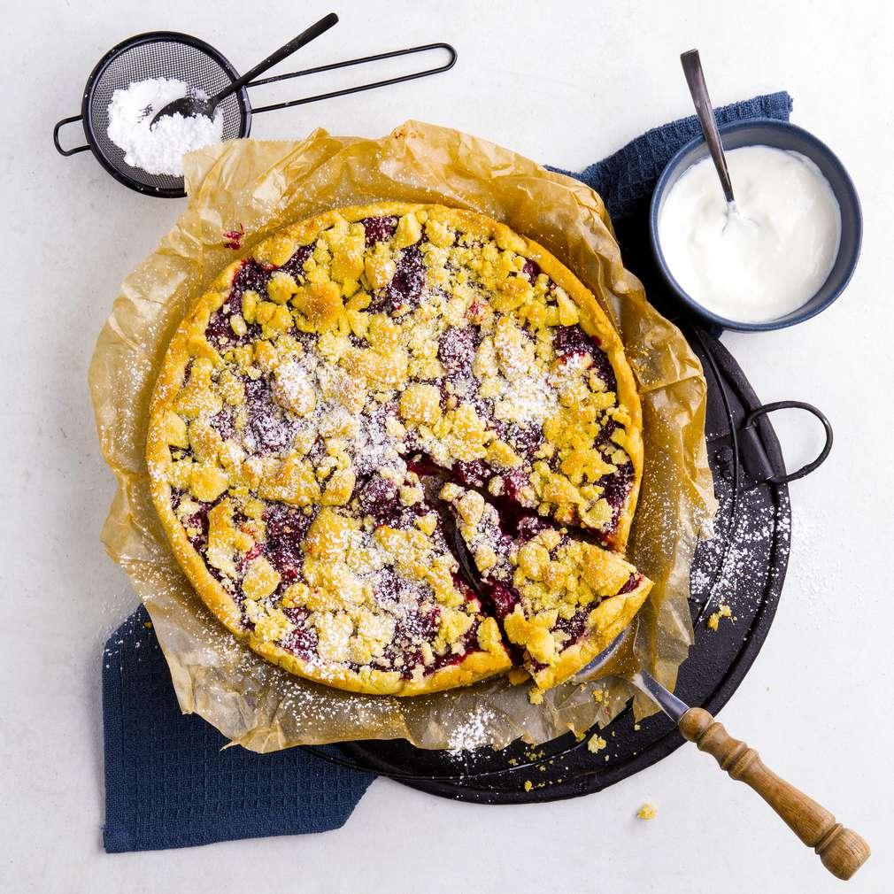 Zobrazit Višňový koláč s drobenkou receptů