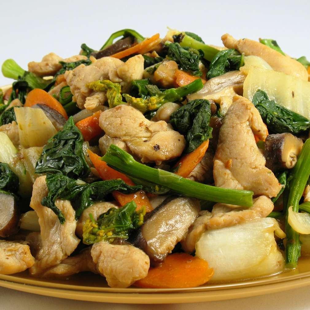 Imaginea rețetei Pui cu legume stir-fry